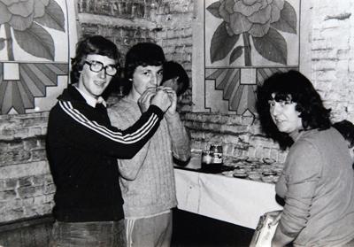 Avec Fernande et Bernard qui, il y a 42 ans, ont fondé » La Choucroute «