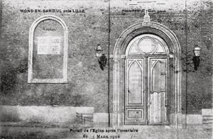 Le portail de l'église Saint-Pierre en 1906