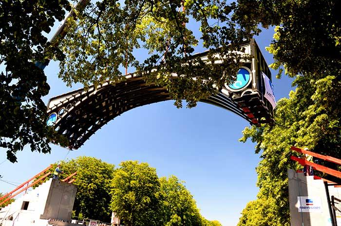 Pose du tablier du Pont Napoléon